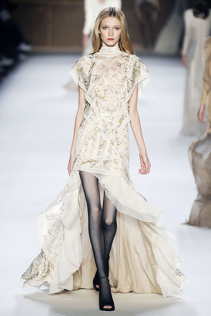 Inna PlilPenko, Nina Ricci Spring 2009 Ready-to-Wear